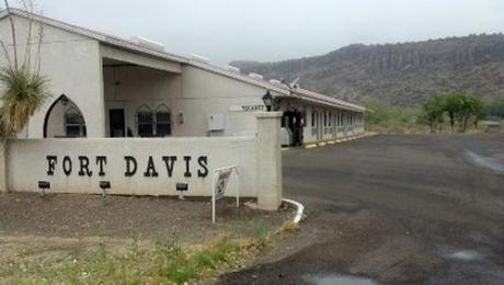 ‪Fort Davis Inn And Rv Park‬