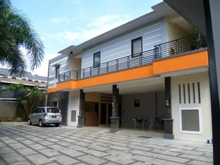Kost 33 Homestaya, Indonesia