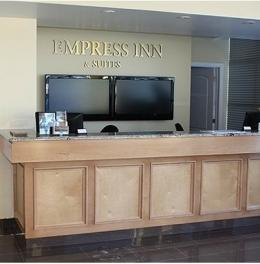 ‪Empress Inn & Suites‬