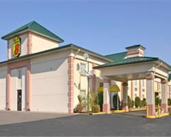 ‪Econo Lodge Benton‬