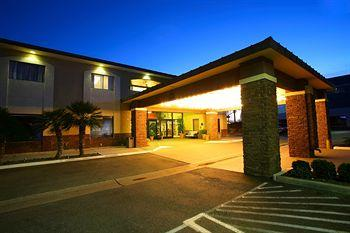 BEST WESTERN PLUS InnSuites Ontario Airport E Hotel & Suites