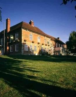 Photo of Macdonald Swan's Nest Hotel Stratford-upon-Avon