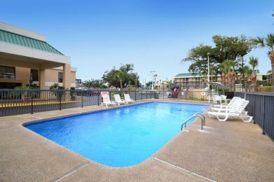 Photo of BEST WESTERN PLUS Oak Manor Motel Biloxi
