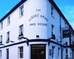 Albert Arms Free House (Restaurant and Hotel)