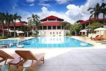 Maneechan Resort & Hotel