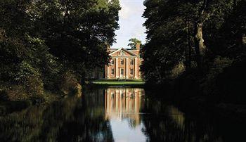 Photo of De Vere Warbrook House and Grange Eversley