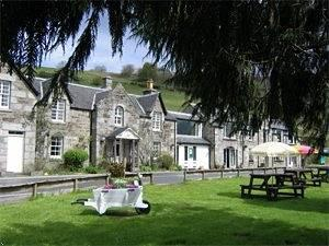 Loch Tummel Inn