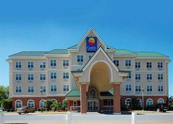 Photo of Comfort Inn & Suites Dallas
