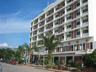 Pinnacle Satun Wangmai Hotel