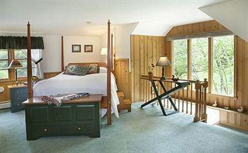 Wooden Duck Bed and Breakfast
