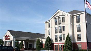 Hampton Inn & Suites Merriam