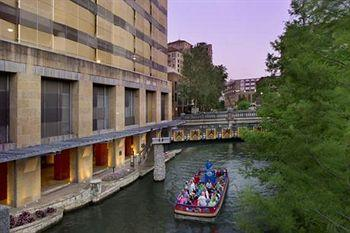 Drury Plaza Hotel Riverwalk