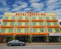 Hotel Ninety Six (906)