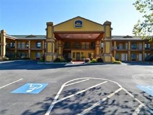 Photo of BEST WESTERN Hawkinsville Inn & Suites