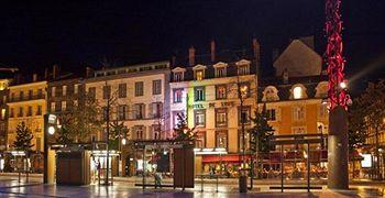 Photo of Hotel Le Lion Clermont-Ferrand
