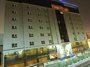 Photo of Corp Executive Hotel Doha Suites