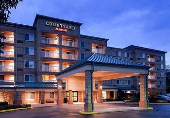 Photo of Courtyard by Marriott Cleveland Airport/South Middleburg Heights