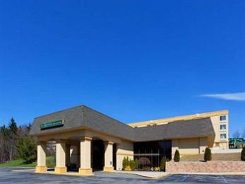 Photo of La Quinta Inn & Suites Elmsford