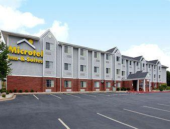 ‪Microtel Inn & Suites by Wyndham Statesville‬