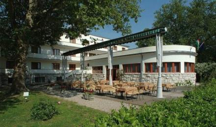 Hotel Korona Thermal Harkany