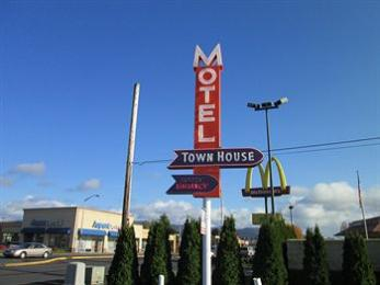 Photo of Town House Motel Longview