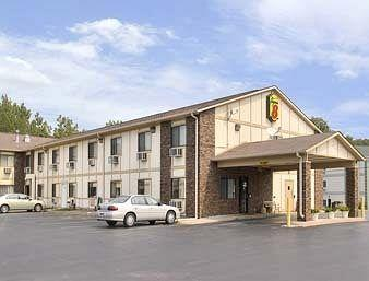 Moline/East Super 8 Motel