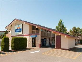 Photo of Travelodge Courtenay