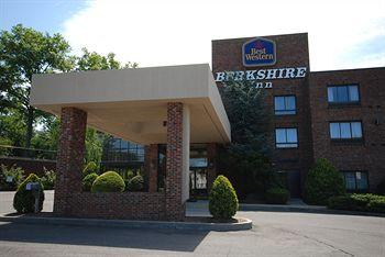 ‪BEST WESTERN Plus Danbury/Bethel‬