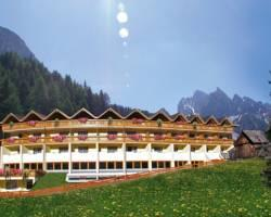 Photo of Hotel Asterbel Dolomites