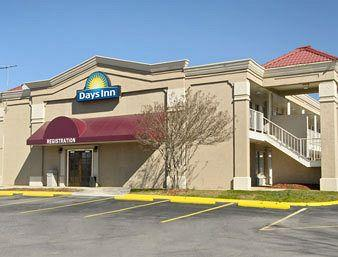 Days Inn Greensboro Airport