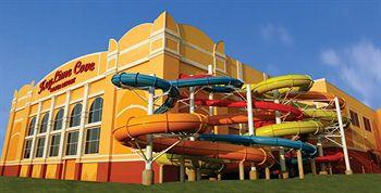 Photo of KeyLime Cove Resort and Water Park Gurnee