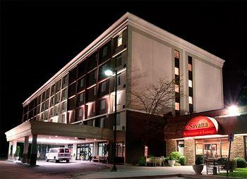 ‪BEST WESTERN PLUS Toronto Airport Hotel‬