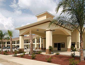 Howard Johnson Inn & Suites Lafayette