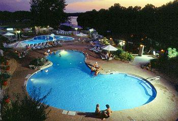 Photo of The Resort At Port Arrowhead Lake Ozark