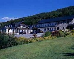 Clan Macduff Hotel