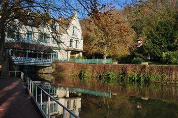 MOULIN DE CONNELLES CHATEAUX & HOTELS DE FRANCE
