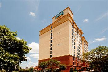 ‪Staybridge Suites San Antonio Sunset Station‬