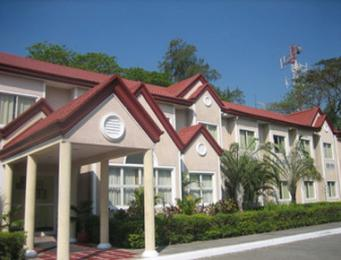 Photo of Microtel Inn &amp; Suites Tarlac