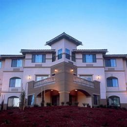 ‪Holiday Inn Express Hotel & Suites - Marina‬