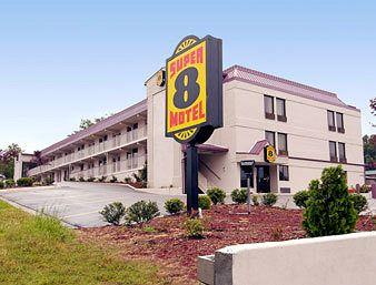 Super 8 Raleigh South