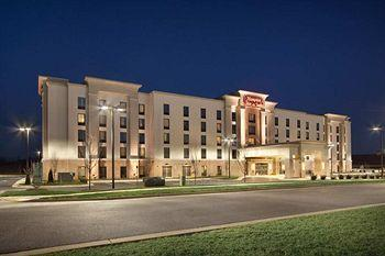 Hampton Inn and Suites Charles Town