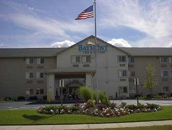 Baymont Inn & Suites Fairborn