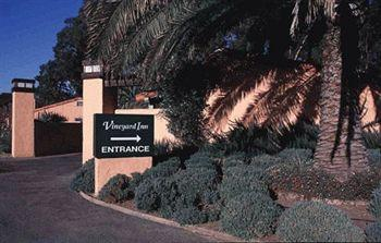 Vineyard Inn Hotel