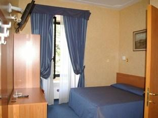 Photo of Hotel Roi Rome