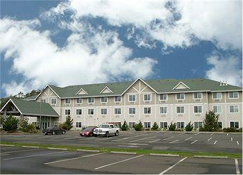 La Quinta Inn & Suites Newport