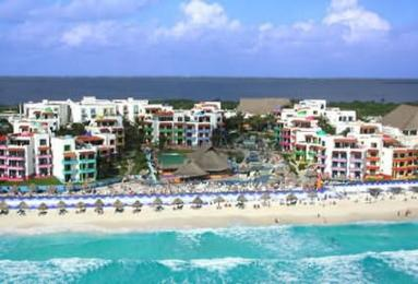 Photo of El Pueblito Beach Hotel Cancun