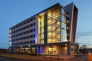 Holiday Inn Express Liverpool-John Lennon Airport