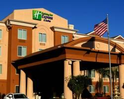 ‪Holiday Inn Express Hotel & Suites Fresno (River Park) Hwy 41‬