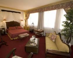 Suites Hotel - Foxa 25