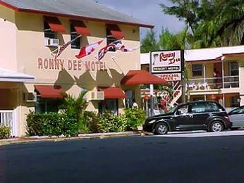 Ronny Dee Resort Motel